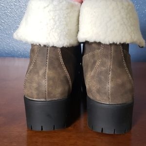Chase + Chloe Shoes - Madigan Faux Shearling Combat Boot